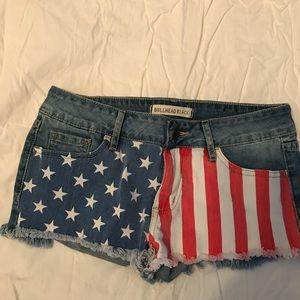 Bullhead  sz 3 flag patiotic shorts